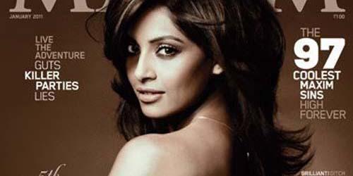 10 Seleb Bollywood yang Nekat Tampil Topless