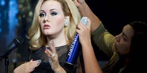 Adele Jadi Patung Lilin