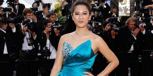 Aksi Dian Sastro Bak Selebriti Hollywood di Fetival Film Cannes