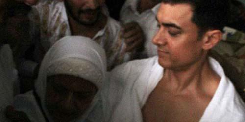 Beragama Islam, Aamir Khan Naik Haji Bersama Sang Ibu