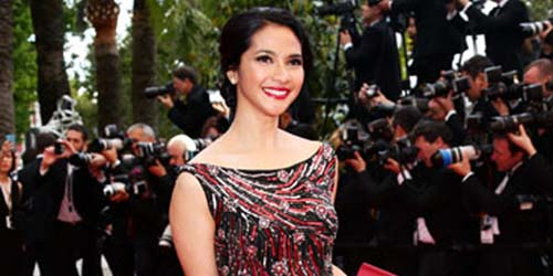 Cantik Anggun Maudy Koesnaedi Berpose Red Carpet Cannes