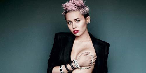 Miley Cyrus Topless di V Magazine