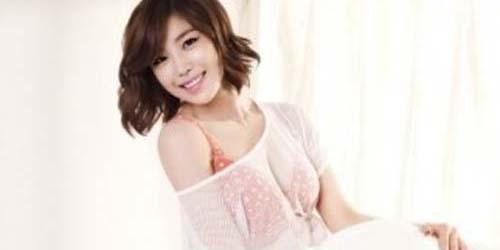 Pose Hot Hyosung 'Secret' dalam Balutan Lingerie