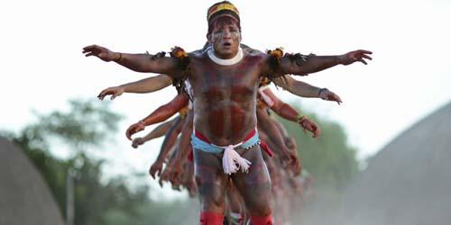 ... suku dan adat salah satunya adalah suku amazon di xingu national