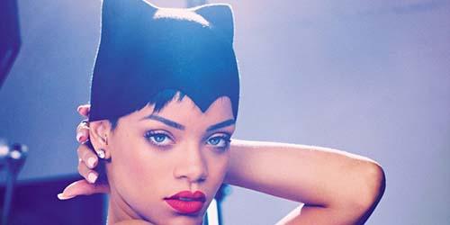 Rihanna Jadi Cat Woman di Majalah ELLE