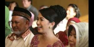 Andika Pratama Resmi Lamar Ussy Sulistiawaty
