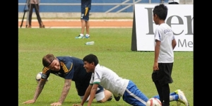 Foto David Beckham dan LA Galaxy Saat Coaching Clinic di GBK