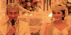 Foto Pernikahan Zumi Zola & Sherrin Tharia