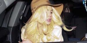 Rambut Indah Warna Emas Lindsay Lohan