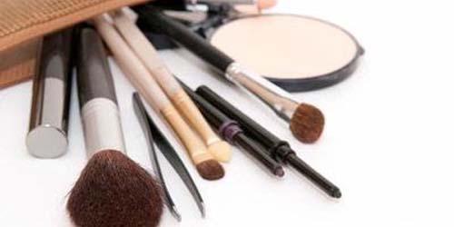 5 Cara Ketahui Kosmetik Plasu di Toko Online