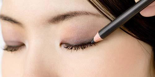 Macam Alat Make up Mata dan Fungsinya