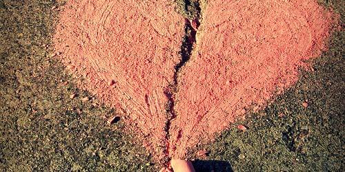 7 Alasan Tidak Bisa Lupakan Mantan Kekasih