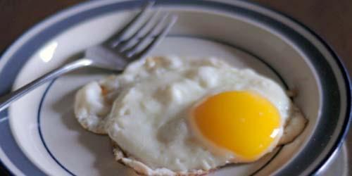 Bagaimana Sih Caranya Membuat Telur Ceplok Sempurna ? Ini Metodenya!