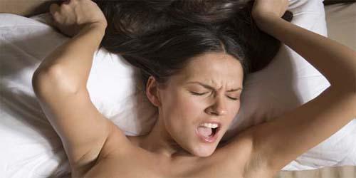 Ciri-ciri Wanita Sedang Orgasme