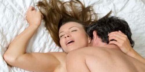Tips Capai Orgasme Berulang Saat Bercinta