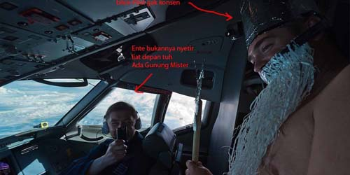 Beredar Foto Pilot Sukhoi Asik Bergurau Saat Mengemudi Pesawat!