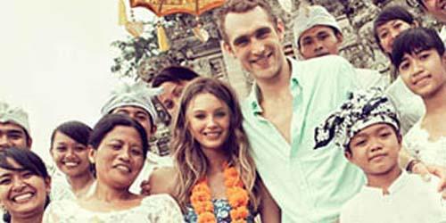 Dianggap Rasis, Pemotretan Brand Fashion Amerika di Bali Menuai Protes!