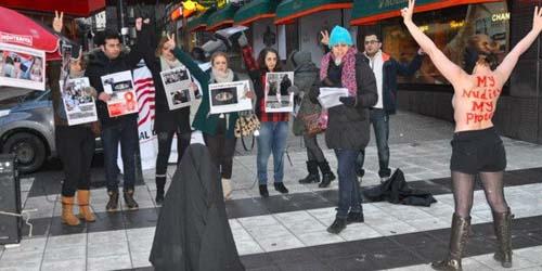 Menentang Jilbab, Para Perempuan Demo Bugil di Swedia