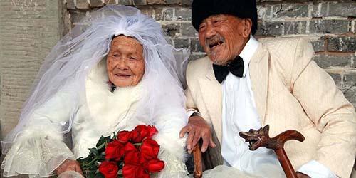 Tampil Romantis dalam Foto Pernikahan setelah 88 Tahun Menikah