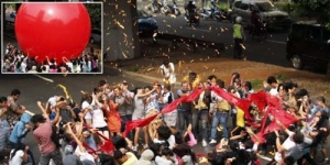250 Balon Gas Meledak, Jokowi Selamat 21 Orang Terluka