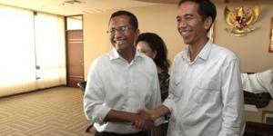 4 Janji dan Hadiah Dahlan Iskan Kepada Gubernur Baru Jakarta Jokowi