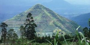Demi Menguak Misteri Piramida Garut, Gunung Sadahurip Dibor