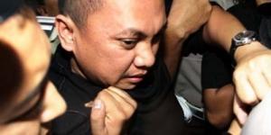 Gayus Divonis 6 Tahun Penjara