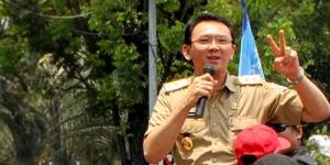 Jakarta Banjir, Ahok Sibuk Cari Batu & Pasir