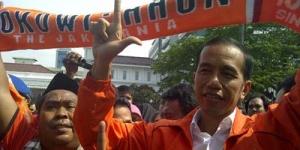 Jokowi jadi Anggota Dewan Kehormatan Jakmania