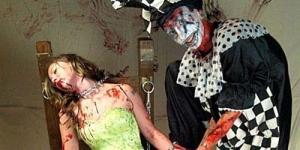 Seorang Wanita Tinggalkan Pesan & Posting Gambar Pembunuhan di Facebook, Sebelum Bunuh Diri!