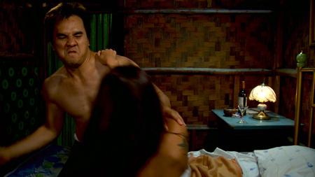Cuplikan Adegan Hot Di Film Arwah Kuntilanak Duyung