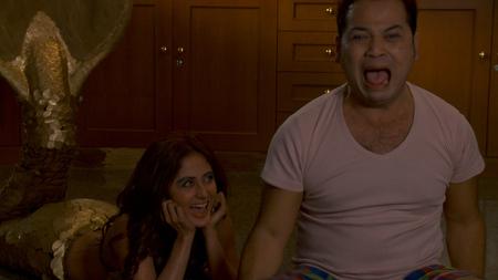 """Cuplikan Adegan Hot Di Film """"Arwah Kuntilanak Duyung"""""""