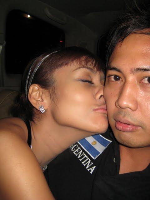 ... ciuman yang hot, berikut beberapa Foto - Foto Ciuman Anita Hara HOT