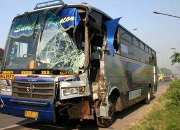 Bus Maut