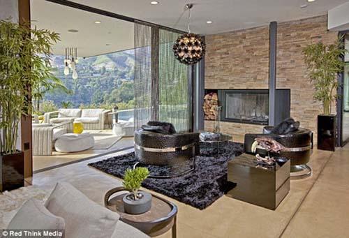 Foto Rumah Mewah Justin Bieber
