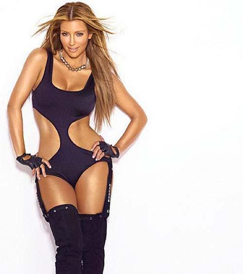 Khloe, Kourtney & Kim Kardashian Berpose Hot di Iklan Lingerienya