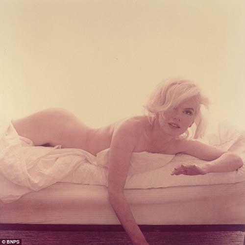 Foto Bugil Terakhir Marilyn Monroe Sebelum Ditemukan Tewas!