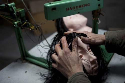 Mengintip Pabrik Pembuatan Boneka Seks di Jepang