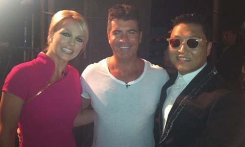 Britney Spears dan Simon Cowell - 20 Selebriti Amerika Berpo ...