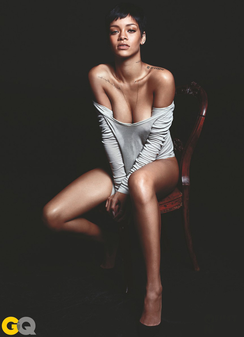 Rihanna Berpose Bugil untuk Majalah GQ