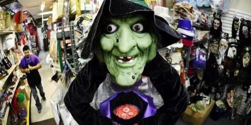 13 Kostum Halloween Paling Populer dan Menyeramkan: Nenek Sihir