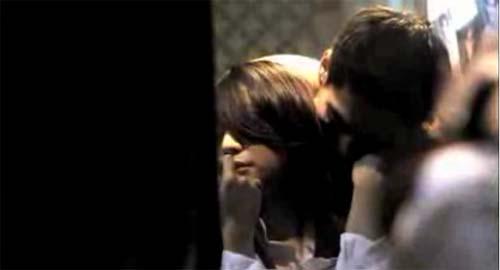 5 Adegan Ranjang Film Horor Ter-Hot 2012: Tali Pocong Perawan 2