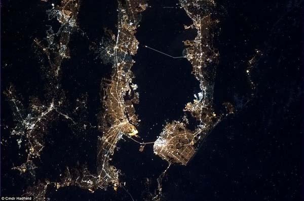 Pemandangan Bumi dari Stasiun Luar Angkasa Internasional