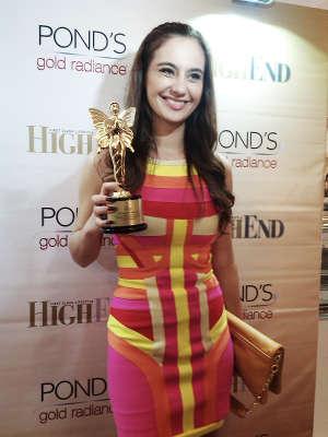 marissa nasution dinobatkan sebagai wanita tercantik indonesia