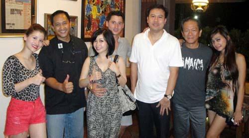 Foto Mesra Chef Marinka Dengan Nino Fernandez