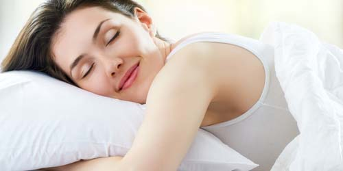 Bagaimana Caranya Bangun Tidur dengan Perasaan Ceria?