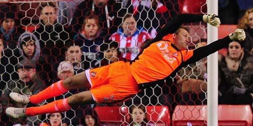 Liverpool Tampil Gemilang, Rodgers Puji Simon Mignolet