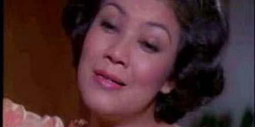Daftar Selebriti Hot Pertama yang Berani Tampil Bugil: Rahayu Effendi