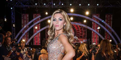 Istri Peter Crouch  Abbey Clancy Nyaris Bugil Di Instagram