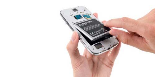 Baterai Samsung Galaxy S4 Gampang Panas dan Melembung